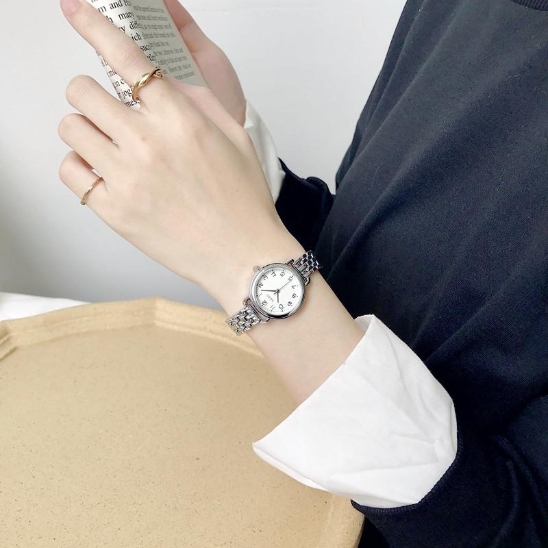 法国小众手表女学生韩版简约气质ins风小众设计金属链条显白文艺