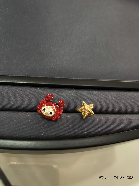 施华洛元素新款可爱萌红色卡通风格KT猫海蟹耳钉黄金星星娃娃耳环