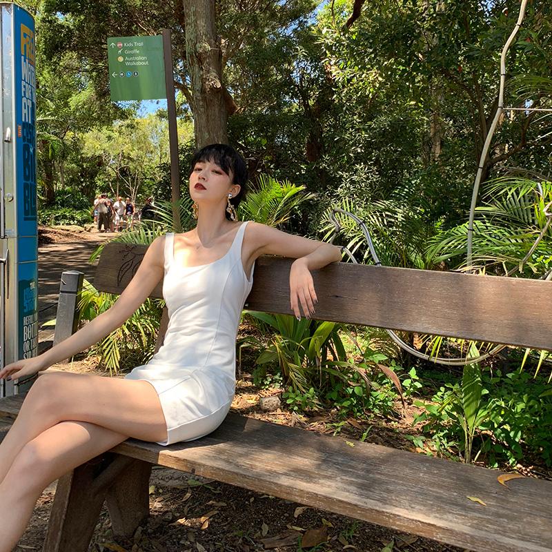 GYOKUU 春夏新款白色裙子百搭弹力打底修身单穿显瘦吊带连衣裙女