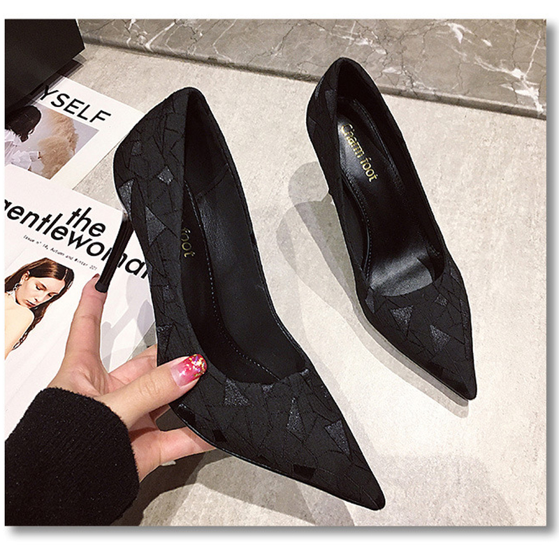 Womens single shoes 2021 new net red French girls versatile Sexy Professional black single shoes pointed thin heel high heels