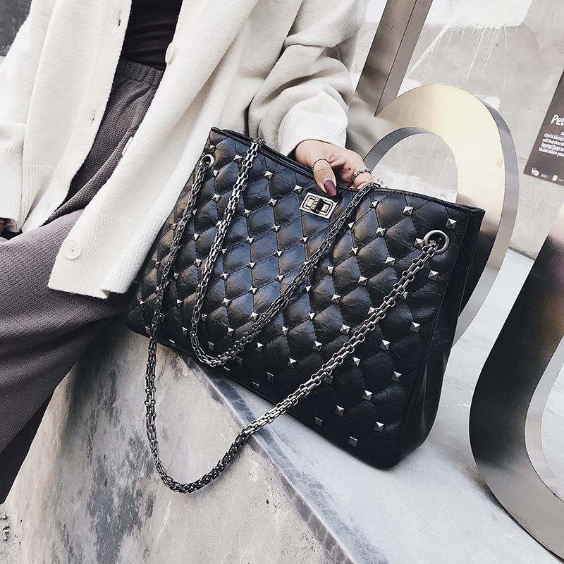 包包女2019新款韩版斜挎女包菱格包chic时尚链条铆钉单肩手提大包