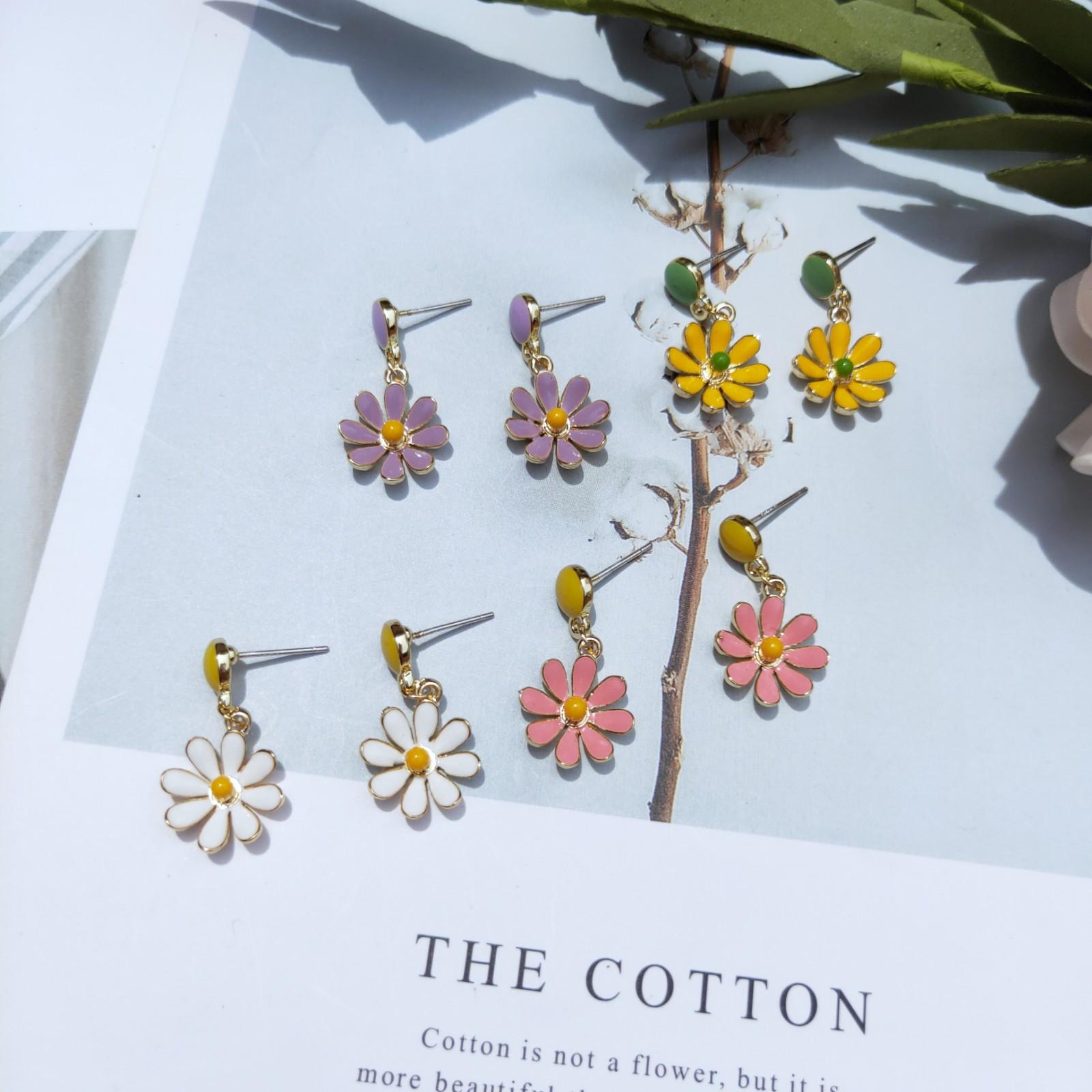 清新花朵极简夏季耳钉少女心小雏菊耳环气质耳环纯银针野餐穿搭