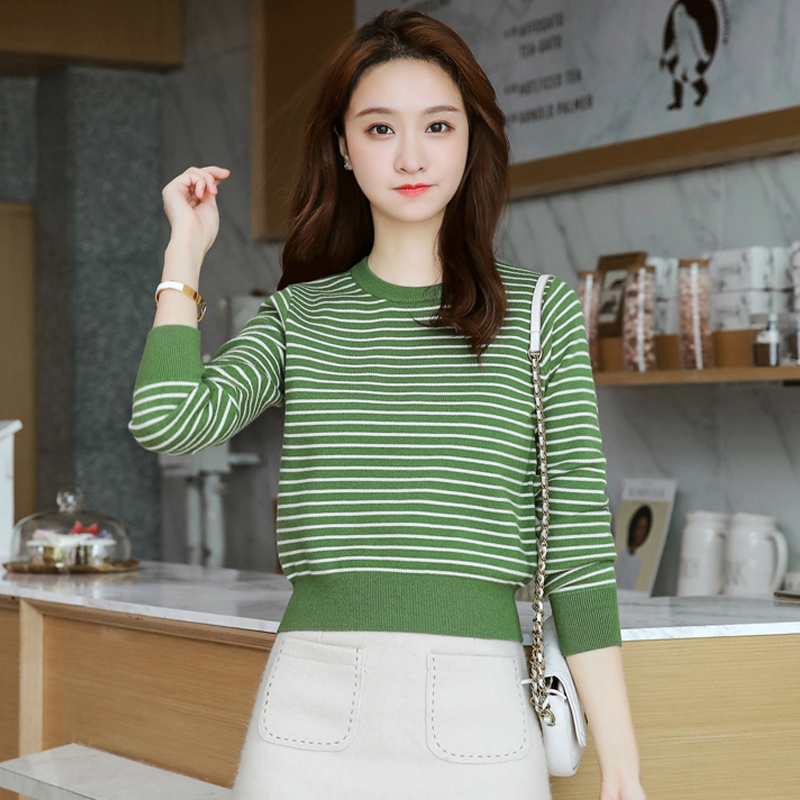 Striped sweater womens slim Korean autumn and winter thickened Short Knitwear waist long sleeve round neck small top