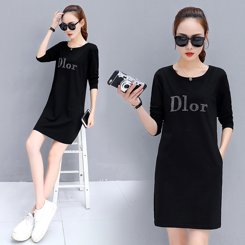 2020 spring and Autumn New Womens wear medium length long sleeve T-shirt womens cotton loose top large size with base coat