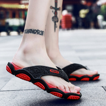 Men's slippers trendy and fashionable outdoor wear flip flops 2020 summer Korean version antiskid clip slippers personalized SANDALS BEACH SHOES