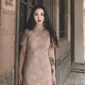 领5元券购买麓津自制《芳华》2018新款蕾丝显瘦修身复古民国改良长款少女旗袍