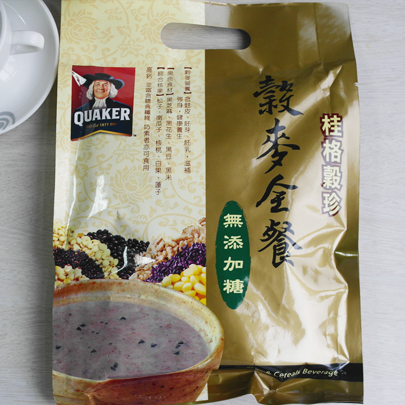 Whole meal oatmeal of Quaker comprehensive coarse cereals imported from Taiwan