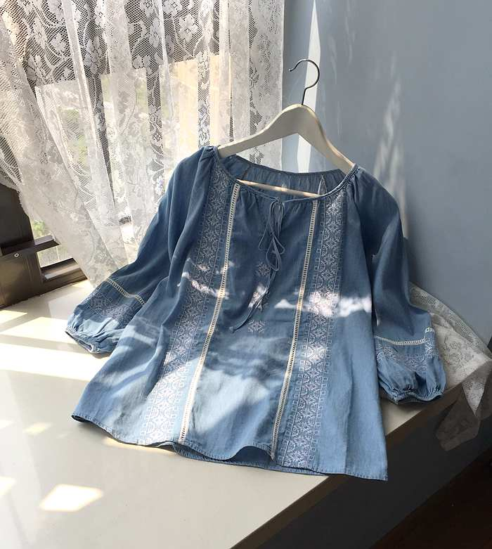 Spring and summer new Japanese cut out flower embroidery flower lace up loose denim shirt 7 / 4 Sleeve Top