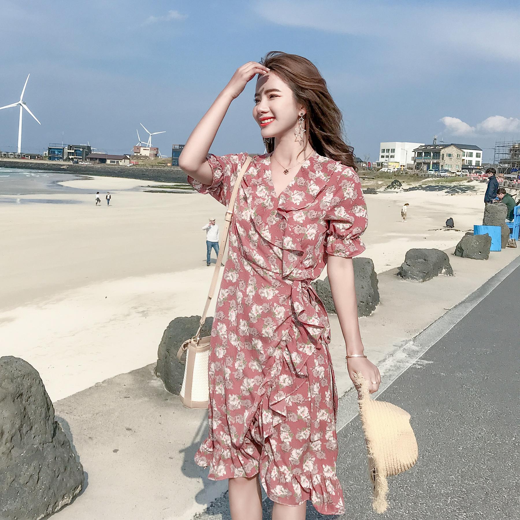 2018夏季新款甜美碎花雪纺系带一片式连衣裙荷叶边印花渡假海滩裙