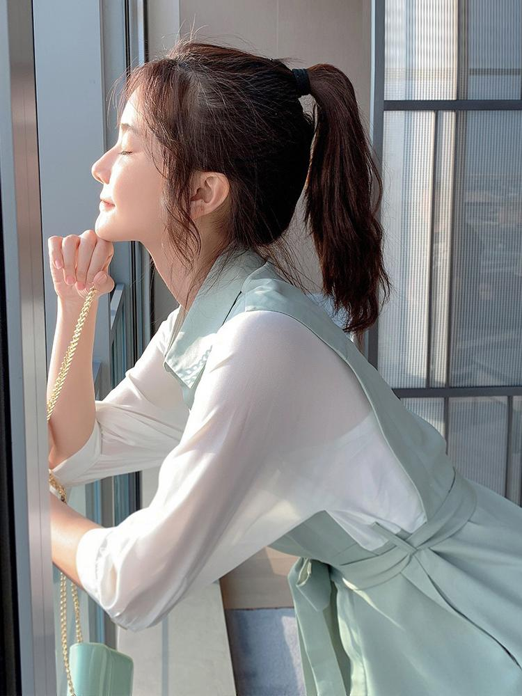 Spring 2020 new womens dress fake two shirts and skirts with thin temperament Japanese gentle wind and snow spinning dress