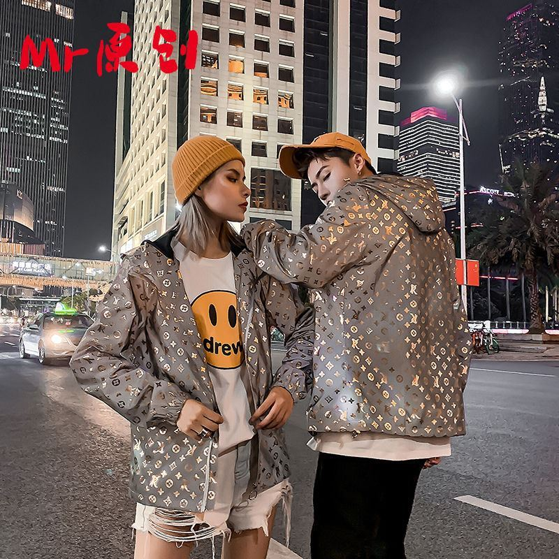 Flying jacket mens new fashion brand European and American street reflective bright face couple hooded windbreaker casual jacket coat
