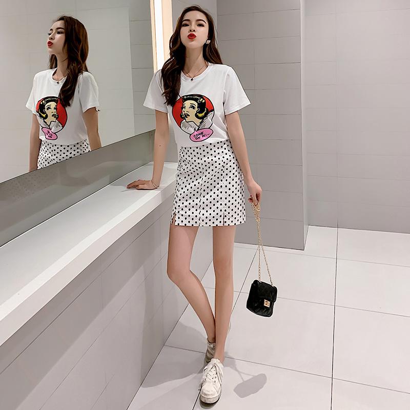 实拍时尚波点半身裙套装女夏新款头像印花T恤抖音网红同款两件套