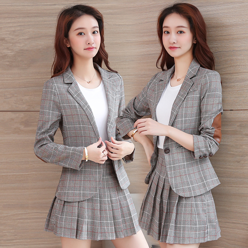 College style suit womens 2020 spring and autumn new skirt pants Blazer coat student pleated short skirt Korean two piece set