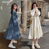 孕妇春装连衣裙2021韩版中长款大码宽松花边鱼尾大摆纯色长袖裙子