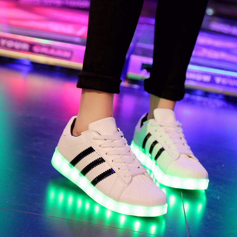 Korean version of ghost walking shoes for boys and girls junior high school students board shoes USB charging luminous shoes flashing waterproof luminous LED lighting shoes