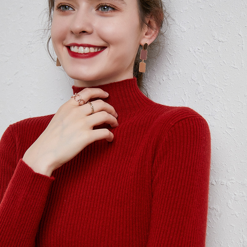 Half high collar cashmere sweater spring and autumn new style delicate and delicate close fitting womens T-shirt with high elasticity and thin top