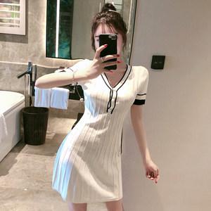 性感V领修身显瘦针织裙子女2020新款春装女神范气质短袖连衣裙女