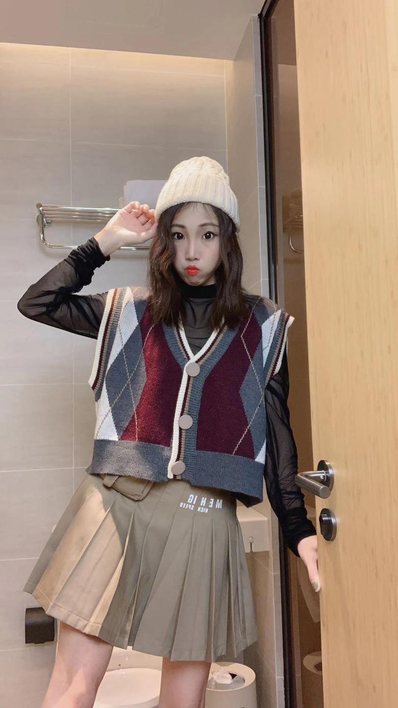 Ningmeng 2021 spring new products college age reducing cardigan knitted sweater vest Korean versatile womens fashion