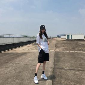 工装夏季2020年新款宽松直筒潮短裤