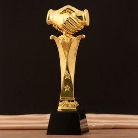 镀金树脂奖杯定制水晶捂手合作共赢企业合作商比赛事创意奖杯包邮图片