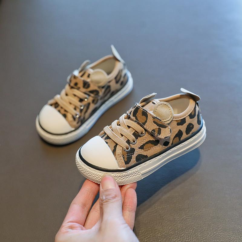 班米奴宝宝帆布鞋女小童软底婴儿学步鞋1-2一岁3儿童板鞋男春秋季
