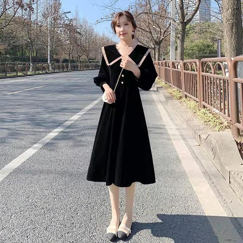 カシミヤのワンピース女性秋冬のフレンチレトロな子供襟の長袖が小さく見えるa字の気質のスカート