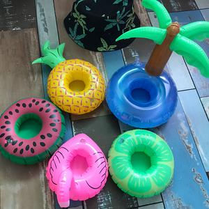 充气火烈鸟甜甜圈西瓜菠萝杯垫水上可乐杯座座饮料杯座拍摄道具