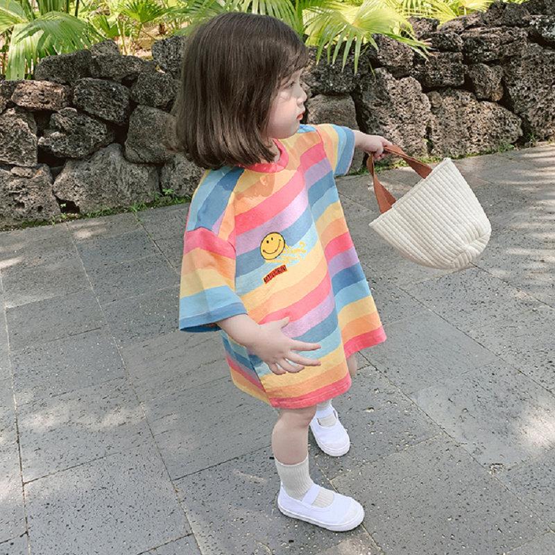 女童夏季宽松T恤韩版儿童长款条纹休闲裙时尚宝宝彩虹短袖上衣春