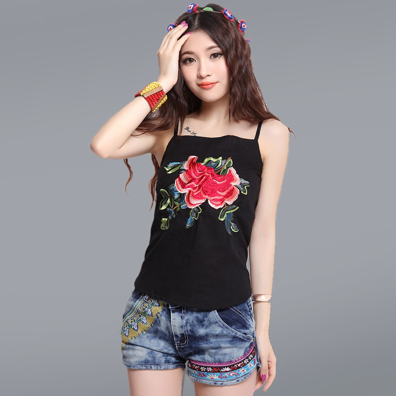 The edge of non nature Chinese national style peony embroidery spring and autumn womens sling small sling spring dress belly bag