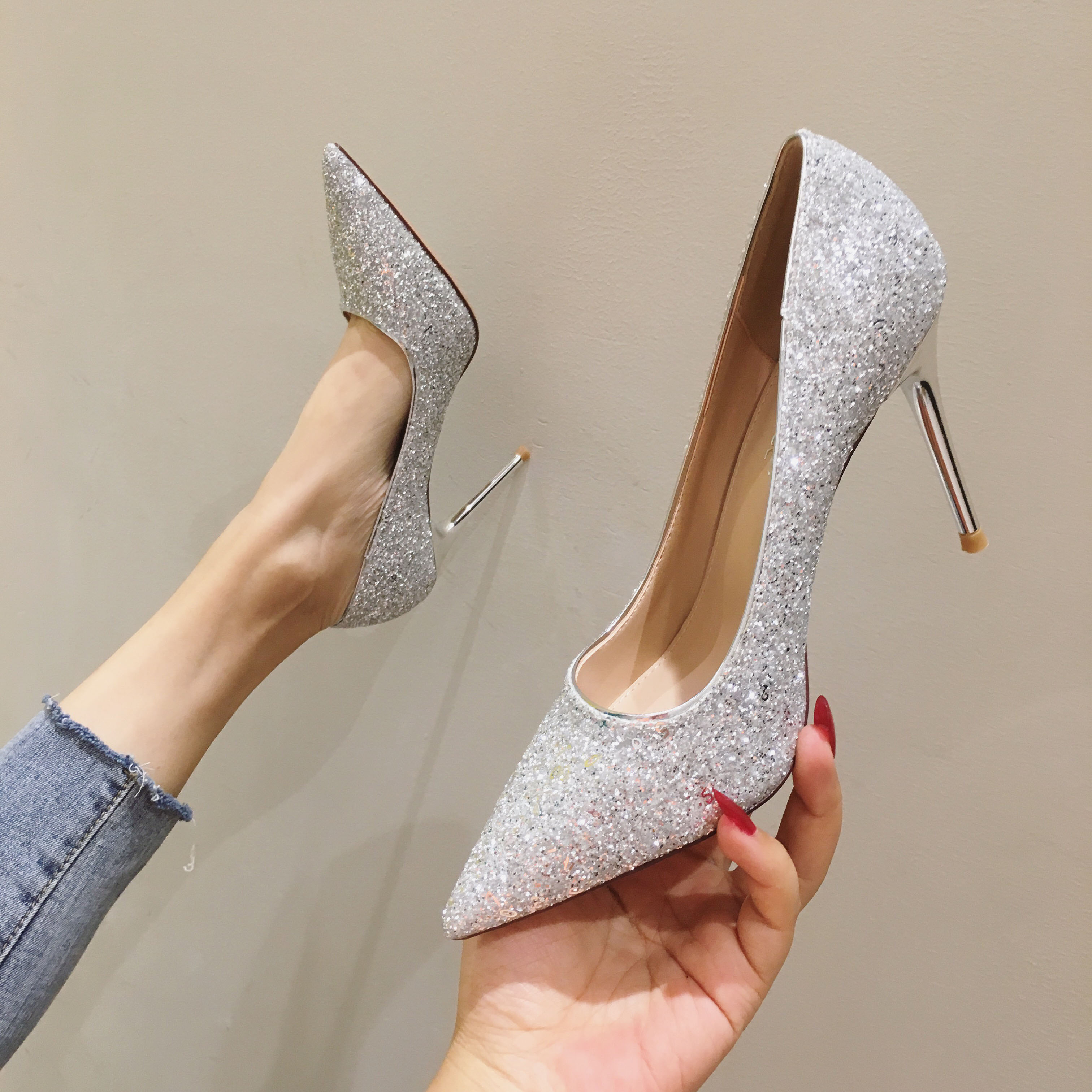French small high heeled shoes women 2020 new Bridesmaid Silver Crystal Sequin slim heel shoes wedding shoes bridal shoes