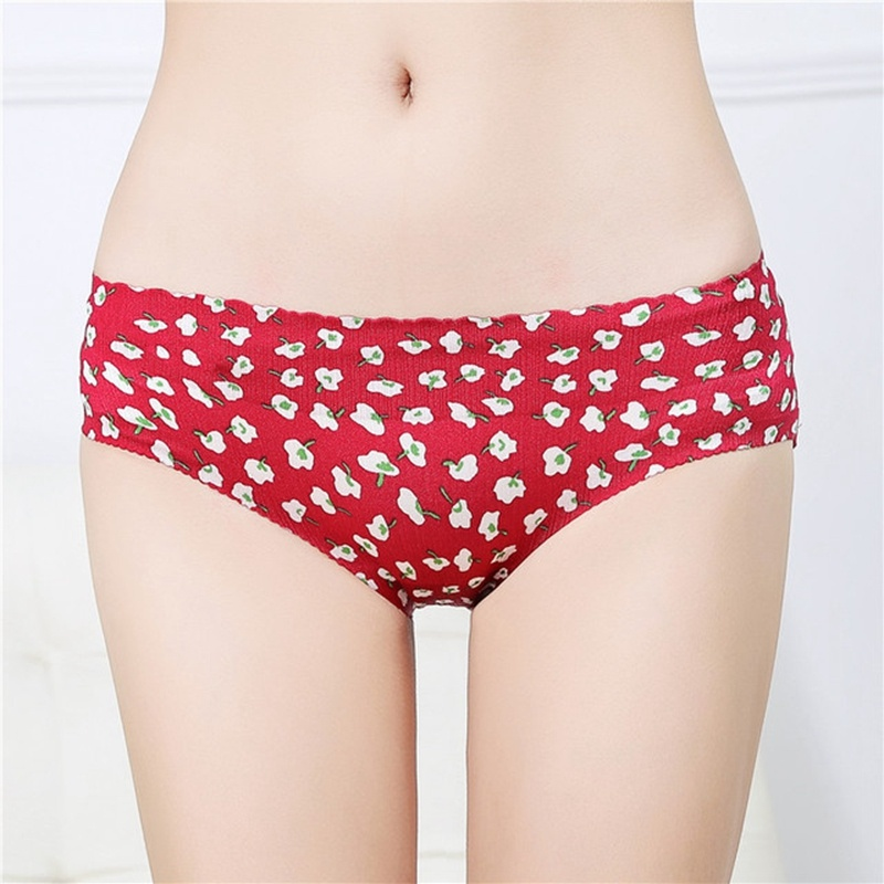 Fake buttocks underpants thickened sponge cushion underpants hip triangle low waist belly raising breech pants buttock bottoming invisible pants