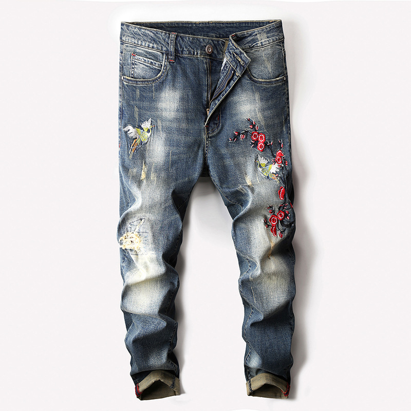 2020 New Youth embroidered jeans lead the trend