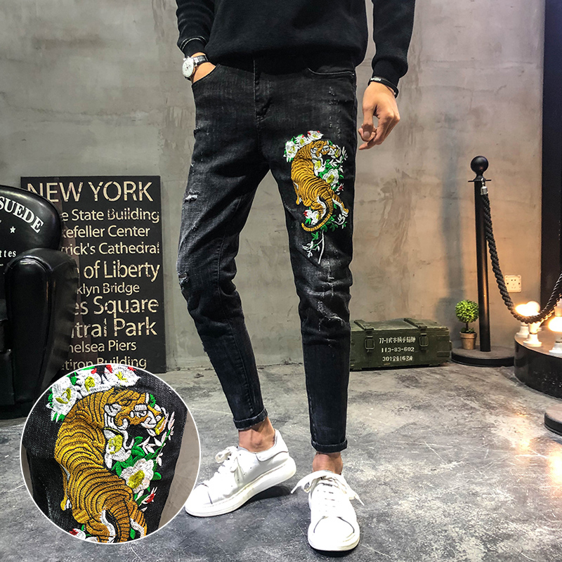 Tiger embroidered jeans slim fit retro trend small leg pants Chinese Style Mens wear social domineering