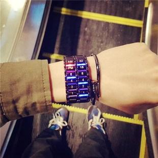 女表学生情侣手链电子表LED创意概念熔岩钢带潮流手表男韩版简约