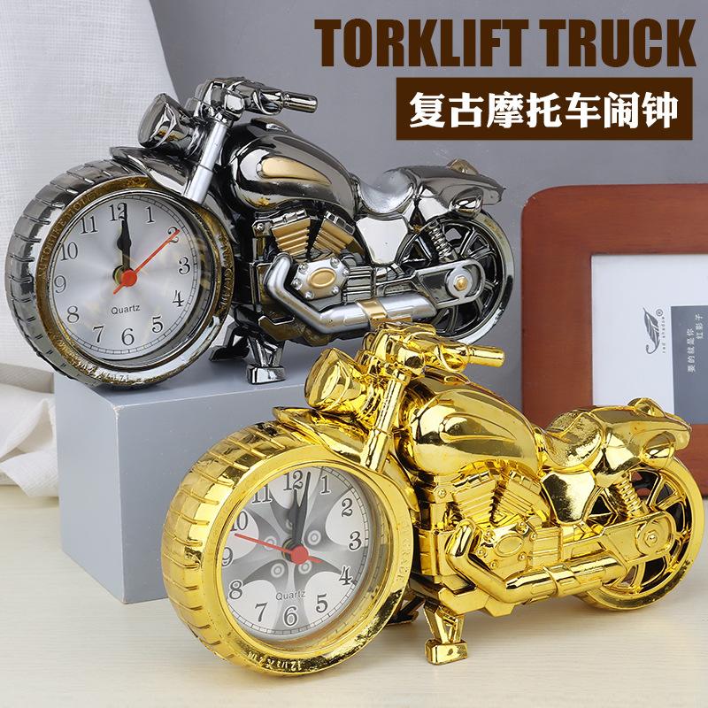 创意奖杯造型的小闹钟装饰摆件床头宿舍卧室送男孩女生儿童时钟表