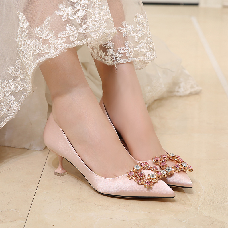 Champagne evening dress high heels Rhinestone square buckle cat heels red wedding shoes Bridesmaid fashion shallow mouth womens single shoes
