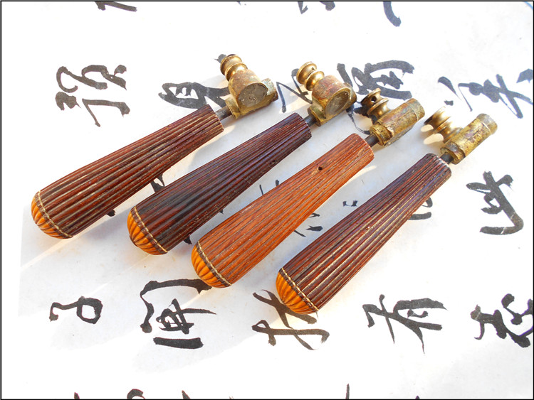 Old musical instrument accessories wooden handle copper head zhongruan erhu tuning button antique collection miscellaneous cultural and music supplies and instruments