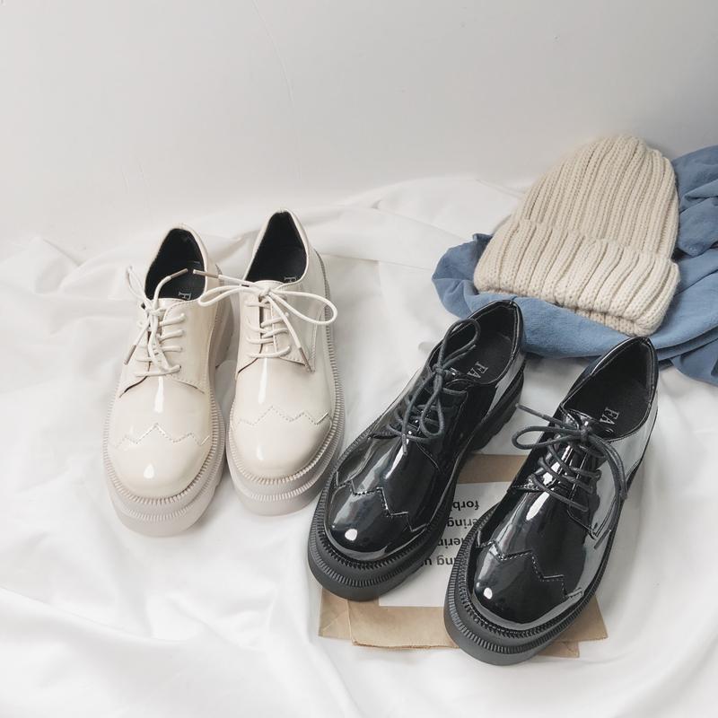 小皮鞋亮皮女韩版英伦学生2019春季新款粗跟中跟单鞋布洛克女鞋