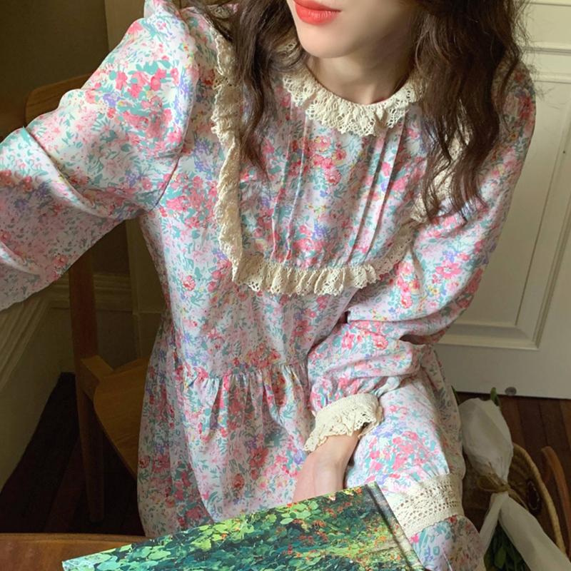 韩国chic洋气减龄立领重工蕾丝花边拼接宽松过膝长款碎花连衣裙女
