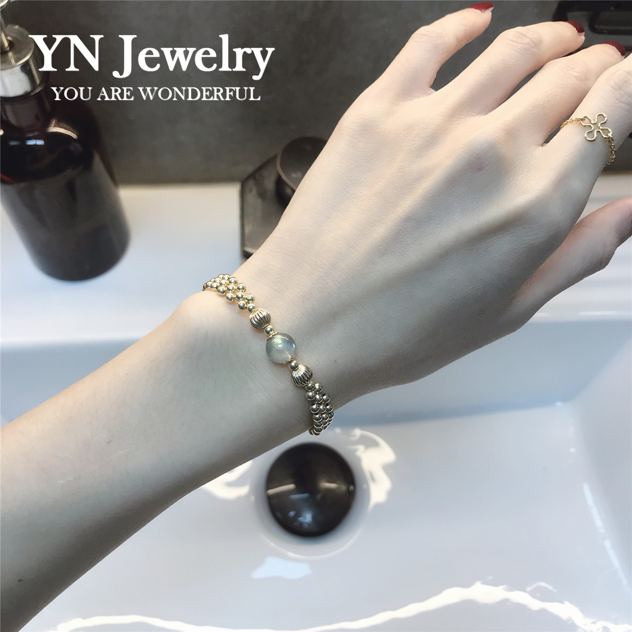 天然冰种蓝光灰月光石水晶14k包金手链女助睡眠气质个性时尚清新