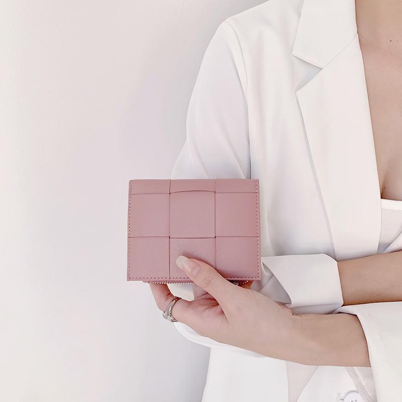 小羊皮钱包女短款2021新款ins风韩国小众设计气质真皮折叠零钱包