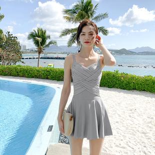 泳衣女2020年新款温泉保守学生遮肚显瘦仙女范连体裙泳装韩国ins