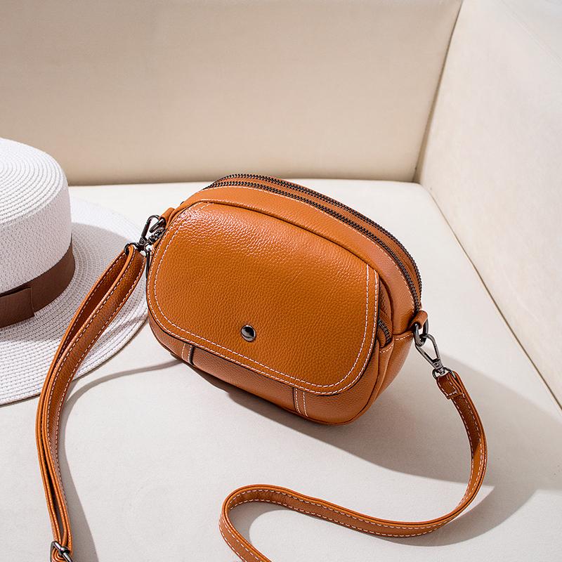 迷你小包包女2021新款时尚简约百搭小圆包单肩斜挎软皮女包