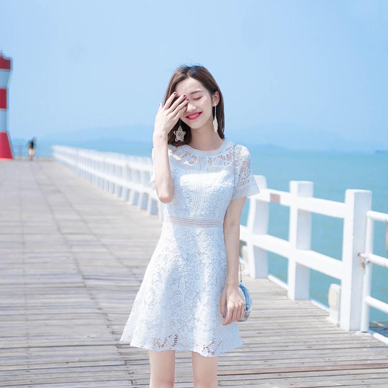 满100元可用10元优惠券白色蕾丝连衣裙2019新款仙女夏裙子