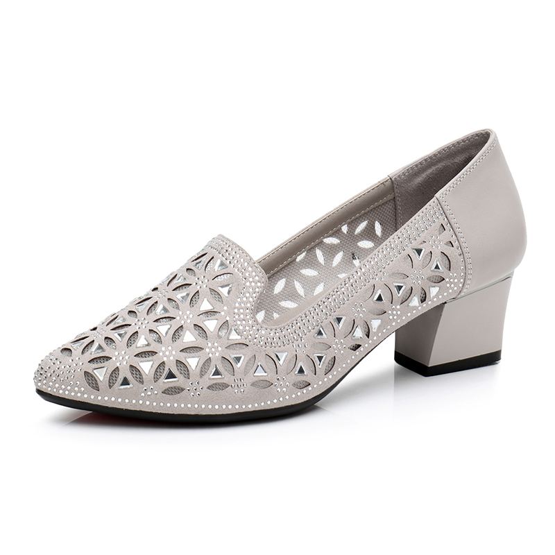 Fashion womens sandals summer mesh womens shoes middle-aged mothers shoes middle heel hollow breathable mesh leather shoes thick heel