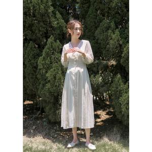 2020年秋季新款收腰显瘦复古气质法式桔梗裙V领名媛连衣裙裙子女