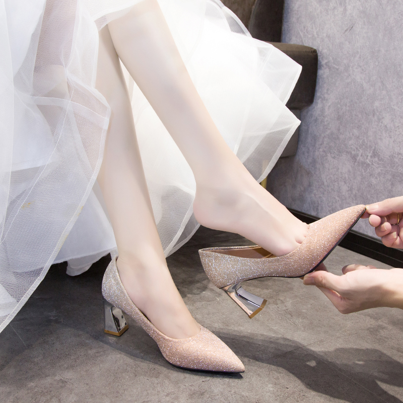 Gold high heels womens 2021 new thick heels versatile pointed wedding sequins crystal wedding shoes brides shoes single shoes
