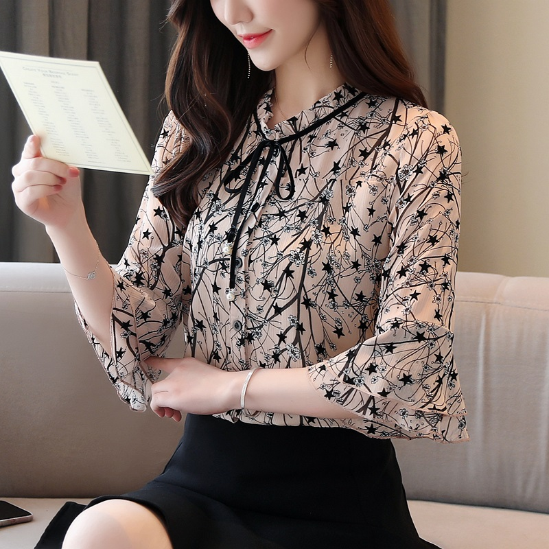 Fragmentary chiffon shirt womens summer dress 2020 new lace top foreign fashion cover belly short sleeve small shirt