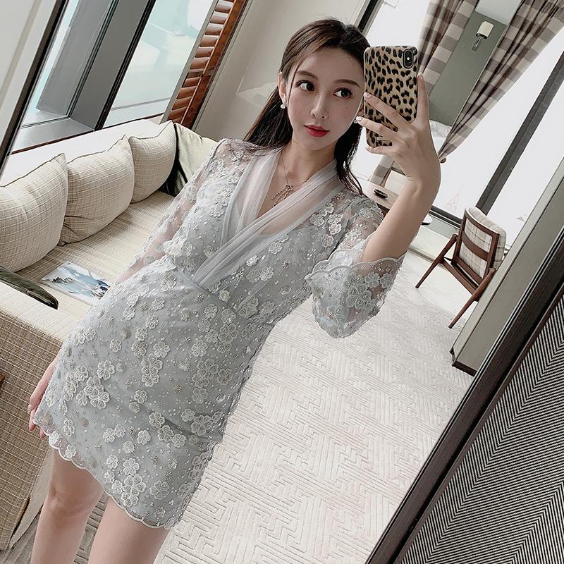 (用1元券)VERAMOON 钉珠网纱重工气质连衣裙ifashion女长袖紧身收腰包臀裙