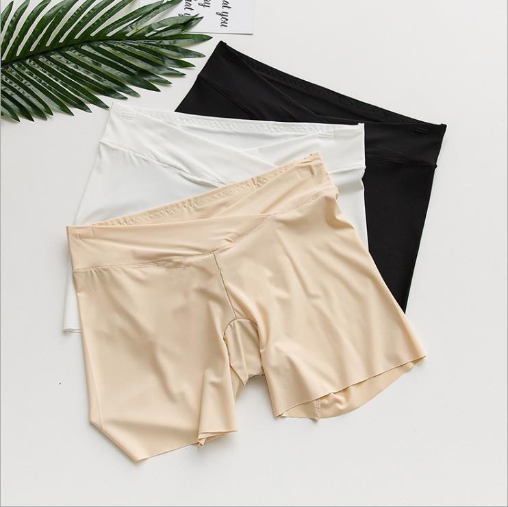 Fattening plus size pregnant womens summer three-point shorts safety pants versatile ice silk anti light bottom, low waist 200 kg